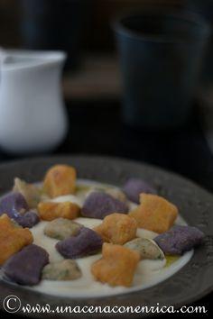 gnocchi di pane al cavolo viola, alle carote e alle erbe aromatiche
