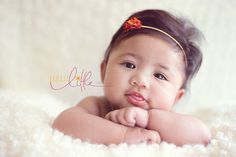 3 months old. WOW look at that hair! 3 Month Old Baby Pictures, 4 Month Old Baby, Newborn Pictures, Cute Babies Photography, Children Photography, Newborn Photography, Baby Poses, Kid Poses, Baby Portraits