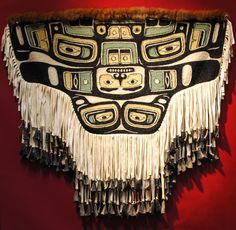 Chilkat apron Native American Beauty, American Spirit, American Indian Art, Cultural Crafts, Costumes Around The World, Haida Art, Inuit Art, Native Design, Textile Fiber Art
