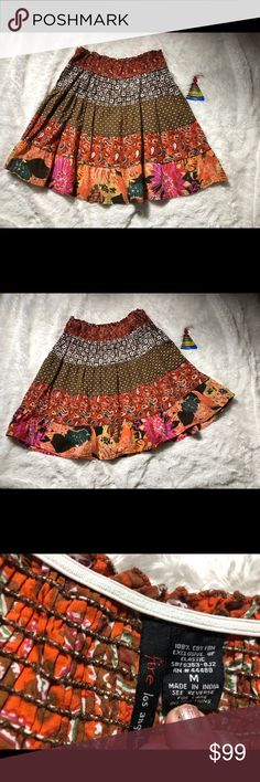 💃 FIRE  Los Angeles floral orange cream skirt This adorable skirt can be worn with almost anything and can be worn anywhere casual !  It is in perfect condition ! It is hardly worn.  No tiers - no holes - no defect  Coming from non smoker home Fire Los Angeles Skirts Midi