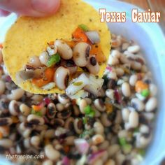 Black eyed pea salsa with cowpeas, onions and peppers in a zesty dressing. Serve as a salsa or a side dish. Peach Salsa, Mango Salsa, Salsa Salsa, Corn Salsa, Strawberry Salsa, Fruit Salsa, Tomato Allergy, Texas Caviar, Recipes Appetizers And Snacks