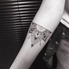 Tattoo Designs Women Just Can't Resist tattoo designs 2019 - Above Elbow Tattoo, Elbow Tattoos, Sleeve Tattoos, Mandala Bras, Half Mandala Tattoo, Body Art Tattoos, Hand Tattoos, New Tattoos, Mandala Tattoo Design
