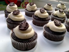 Chocolate Cupcakes with Vanilla Buttercream and Fondant Leaves