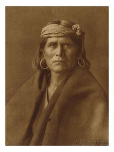 Hopi-Indianer aus der Siedlung Walpi (1906) Giclée-Druck von Edward S. Curtis bei AllPosters.de