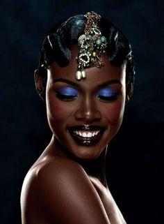 Adorno love the blue eyeshadow on dark skin, deep skin tones, pretty black women Dark Skin Beauty, Black Beauty, My Black Is Beautiful, Pretty Black, Beautiful People, Blue Eyeshadow, Brown Skin, Black Models, Pink Lips