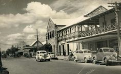 Hotel Victoria on Smith St, Darwin in Northern Territory (year unknown). Hotel Victoria, Australian Continent, Largest Countries, Small Island, Darwin, Tasmania, Continents, History, Street