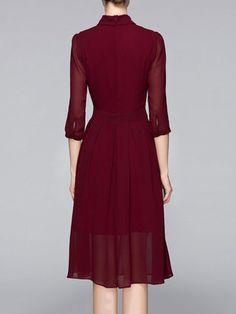 Wine Red Polyester 3/4 Sleeve Keyhole Midi Dress