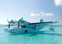 Antilles Seaplanes Photo Gallery: See the Goose fly and land in the water island adventure Amphibious Aircraft, Aircraft Parts, Float Plane, Private Plane, Flying Boat, Aircraft Design, Aviation Art, Air Travel, Amphibians