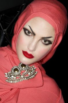 John Galliano S/S 2008. hijab, ideas for photo shoots, muslim, modest clothing, hijab style, fashion, хитжаб