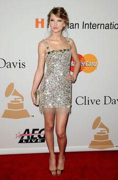 taylor-swift-2010-grammy-awards-dress.