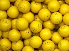 Smile Face Gumballs 25 mm