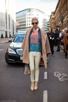 Love the white blouse peeking out in the front. And the colors work great together.