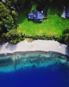 La patagonia es tan hermosa tengo los mejores recuerdos de mi infancia. Era uno de los lugares preferidos de mi papá viajamos muchas veces. Tal vez por eso hoy al ver tantos saludos y deseos de felicidad me vino esta imagen a la cabeza y decidí publicarla. Siempre imagino cuanto disfrutaría él de mis imágenes dronicas. Feliz día viejo donde quiera que estés te extraño mucho