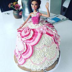 Raphas _Cakes Barbie cake