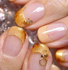 Creme brulee nails, updated version, from same blog.
