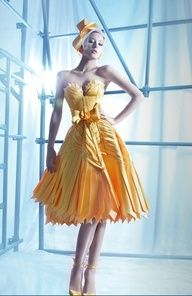 Nicolas Jebran Couture Winter I love love love this dress color, details, so amazing Yellow Fashion, Love Fashion, High Fashion, Womens Fashion, Fashion Design, Fashion Spring, Fashion Styles, Charlotte Ronson, Gareth Pugh
