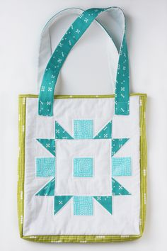 Quilted Tote Bag tutorial by Michael Ann from Michael Ann Made (Can be made from any quilt block) | Sew Mama Sew |