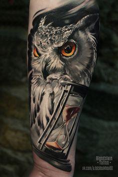 Owl tattoo back, owl tattoo chest, nape tattoo, finger tatto Owl Tattoo Back, Owl Tattoo Chest, Mens Owl Tattoo, Owl Tattoo Small, Owl Tattoo Design, Tattoo Designs Men, Tattoo Avant Bras, Realistic Owl Tattoo, Owl Tattoo Drawings