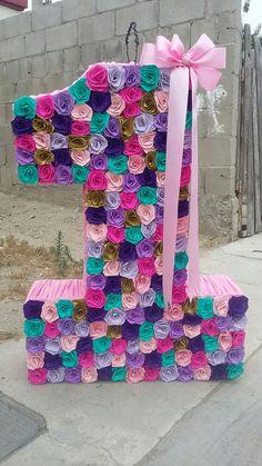Piñata Con Flores De Colores yw Moño Birthday Pinata, Birthday Party Treats, Unicorn Birthday, First Birthday Parties, First Birthdays, Little Mermaid Parties, Flamingo Party, Floral Letters, 1st Birthday Girls