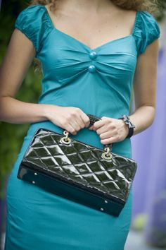Collectif Clothing - 50s Mirdle Quilted bag Chanel style patent raven black handtas me