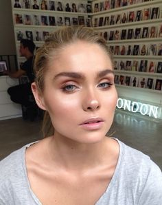 Makeup by Ania M. Dewy skin with perfect highlighting