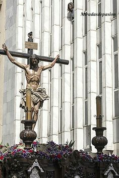 Crucifixión semana santa de Málaga Greek, Statue, Art, Art Background, Kunst, Performing Arts, Greece, Sculptures, Sculpture