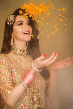 Image may contain: 1 person Pakistani Wedding Outfits, Bridal Outfits, Bridal Looks, Bridal Style, Pakistan Bride, Pakistan Wedding, Bridal Mehndi Dresses, Bridal Makeover, Bride Poses