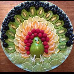 Rainbow Turkey by Jenna Getting Creative with Fruits and Vegetables: Cute Creations Salad and Fruit Choppers. This is such a cute fruit platter in the shape of an owl. Various chopped fruits make u the body of the owl. What a fun Thanksgiving Fruit Tray! Fruits Decoration, Food Decorations, Thanksgiving Fruit, Thanksgiving Appetizers, Creative Food Art, Easy Food Art, Cute Food Art, Fruit Creations, Fruit Dishes