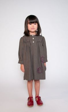 https://www.cityblis.com/7808/item/12682  Clara Dress green size XS to S, at 50.00% off by Little Mizzi  Soft Linen dress with hand embroidered flowers,  