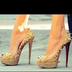 Not sure how girls walk in heels this tall.. But they sure do look good
