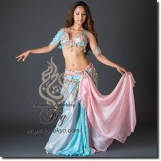 Design by Hoyda / Model: Donya / Fig Belly Dance / World Wide Shipping #figbellydance #bellydancecostume #worldwideshipping