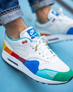 Air max 1 - Vedett Master // Handcrafted by VIJZ. We created this pair for - Style bestpin Best Sneakers, Custom Sneakers, Custom Shoes, Sneakers Fashion, Air Max 1, Nike Air Max, Dope Outfits For Guys, Baskets, Nike Shoes Air Force