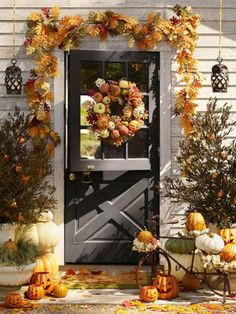 Create a cozy fall harvest-themed front door!