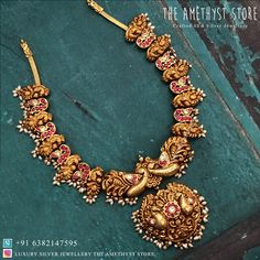 This is a fusion of deep nagas and Kundan work. It takes about 100 days to make this one of a kind masterpiece. We are proud to say that we are the first brand in India to launch this collection. Gold Temple Jewellery, Mens Gold Jewelry, Gold Wedding Jewelry, Gold Jewelry Simple, Rose Gold Jewelry, Bridal Jewelry, Indian Gold Jewellery, India Jewelry, Fashion Jewellery