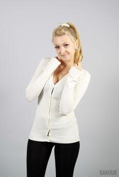 white cardigan 50%viscose 40% acril 270 UAH