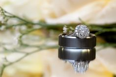 Wedding Photographer Minneapolis / Ring shot Idea / Time Into Pixels Photography