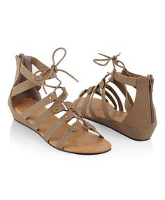 Buckled Lace-Up Sandals | Bringing gladiatior to fashionista!