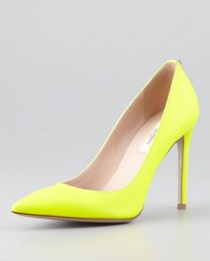 Collezione 2014 - primavera-estate - Valentino pump  gialla - #Yellow #shoes