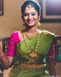 wedding saree and wedding saree indian The Bride ❤️ . Shot by Wedding Saree Blouse Designs, Silk Saree Blouse Designs, Fancy Blouse Designs, Wedding Blouses, South Indian Wedding Saree, South Indian Bride, Indian Bridal, Hand Work Blouse Design, Wedding Saree Collection