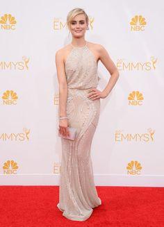 Taylor Schilling, la protagonista de Orange is the new black, estuvo resplandeciente con un vestido largo de Zuahir Murad. #Emmy #Fashion