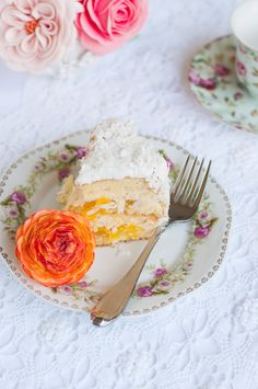 Lulu's Sweet Secrets: Pineapple and Coconut Cake