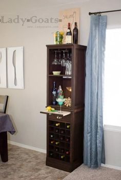 DIY Wine Rack (adapt to make a wider bar) Wine Hutch, Bar Hutch, Diy Home Bar, Bars For Home, Diy Bar, Bar Furniture, Furniture Plans, Do It Yourself Furniture, Home Bar Designs