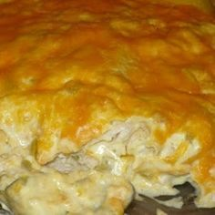 Sour Cream Chicken Enchilada Casserole Ingredients : 4 cups diced cooked chicken 1 can cream of chicken soup 8 oz. cup) sour cream c. My Recipes, Mexican Food Recipes, Chicken Recipes, Cooking Recipes, Skinny Recipes, Cooking Chef, Simply Recipes, Recipies, Cooking Ideas