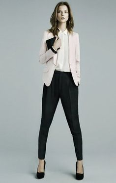 Corporate holiday androgynous sexiness from zara business casual outfits, blazer fashion, classic style, Business Fashion, Lawyer Fashion, Office Fashion, Trajes Business Casual, Business Casual Outfits, Business Formal, Corporate Attire, Corporate Fashion, Style Work