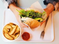 KROWARZYWA - vegan burger restaurant in Krakow & Warsaw