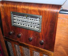 First of all let me point out that this $35.00 Western Royal console radio was broken, and in my assessment would cost more to repair than to convert ...