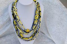 Weiteres - Kette Textilschmuck Anhänger gelb schwarz Herz - ein Designerstück von trixies-zauberhafte-Welten bei DaWanda