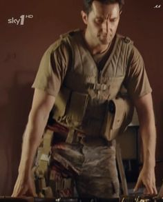 Richard Armitage as John Porter in Strike Back (2010-2011) (gif)