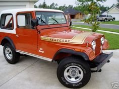 I had a & it was a renegade Levi's edition w/the denim blue seats/top/doors. Cj Jeep, Jeep Cj7, Military Jeep, Military Vehicles, Vintage Jeep, Vintage Cars, Jeep Pickup, Jeep Renegade, Four Wheel Drive