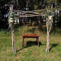 Výsledek obrázku pro svatební brány Outdoor Structures, Garden, Garten, Lawn And Garden, Gardens, Gardening, Outdoor, Yard, Tuin
